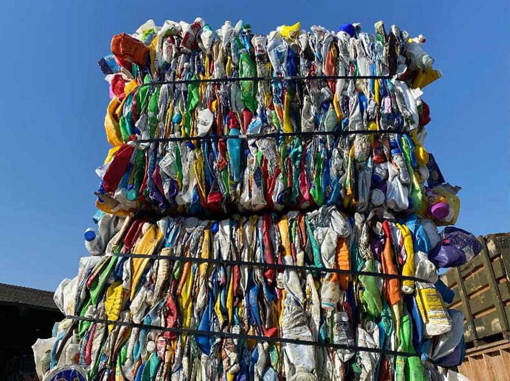 HDPE Bottles Mixed Coloraplastic scrap, plastic scrap buyers, plastic recycling near me